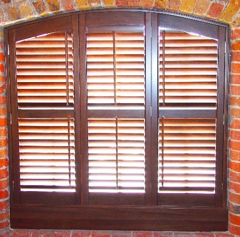 You are browsing images from the article: Wooden Window Shutters